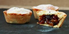 There is nothing quite like a classic MINCE PIE at Christmas. These pies are deep-filled with luxurious fruit. Lainey x