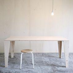#atelierordinaire #byspielplatz #table #bois #epicea