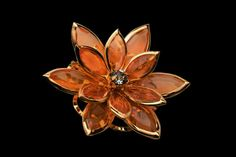 MJ Exclusive - Luxury AAMBER Products AMBER BROOCH made from gold, amber and diamonds www.jewelry.mj777.com