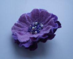 Валяная брошь Purple от YuliasFeltworld на Etsy