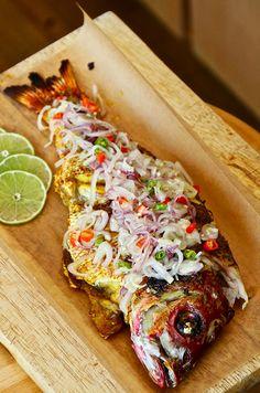 Fish Recipes, Seafood Recipes, Asian Recipes, Cooking Recipes, Cooking Fish, Fish Dishes, Seafood Dishes, Fish And Seafood, Indonesian Cuisine