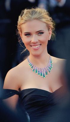 Scarlett Johansson so dammmmm cute and gorgeous ♥