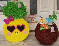 🇨🇷Piñatas hawaianas #piña #coco #piñata #piñatas Aqua Party, Pink Flamingo Party, Luau Theme Party, Hawaiian Luau Party, Hawaiian Birthday, Flamingo Decor, Pinata Party, Flamingo Birthday, Luau Birthday