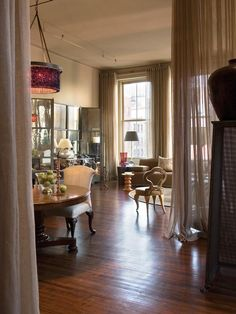 Traditional Dining-rooms from Barry Dixon on HGTV