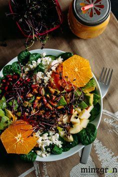 Kickstarter: Wintersalat mit Granatapfel und Orange Kickstarter: Winter salad with pomegranate. Easy Salads, Healthy Salad Recipes, Healthy Snacks, Vegetarian Recipes, Meat Recipes, Avocado Dessert, Winter Food, Clean Eating Recipes, Thanksgiving Recipes