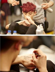 chanyeol - sweetie, hate to break it to you...that's not how you spell delight XD