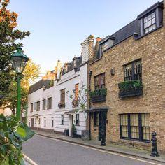Side street in Kensington, London
