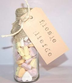 DIY wedding favors – you can easily do it yourself Little Presents, Diy Presents, Little Gifts, Diy Wedding Favors, Wedding Gifts, Original Gifts, Jar Gifts, Inspirational Gifts, Love Gifts