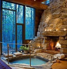 hot tub and fireplace!