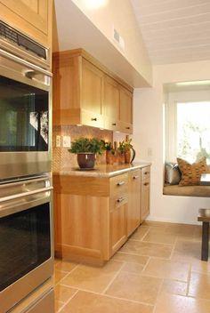 Kitchen with Modified Shaker Deign in Rift-Cut White Oak