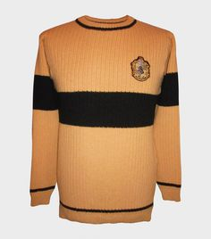 Explore the collection of Harry Potter Quidditch sweaters. These Quidditch sweaters are replicas of those worn in the Harry Potter film series, and available in all four Hogwarts houses. Harry Potter Quidditch, Quidditch Robes, Harry Potter Shop, Harry Potter Merchandise, Harry Potter Cosplay, Harry Potter Style, Harry Potter Outfits, Hufflepuff Merchandise, Daniel Radcliffe