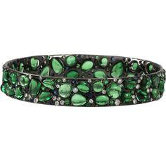 ARUNASHI Tsavorite Sapphire Bangle ($29,500) ❤ liked on Polyvore featuring jewelry, bracelets, accessories, green, blkgold, bangle bracelet, hinged bangle, green bangles, hinged bracelet and green jewelry