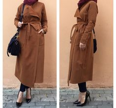 On the other hand besides comfort, every modest woman wishes to look fashionable Modest Fashion Hijab, Street Hijab Fashion, Casual Hijab Outfit, Arab Fashion, Hijab Chic, Hijab Dress, Muslim Fashion, Casual Wear, Turban Outfit