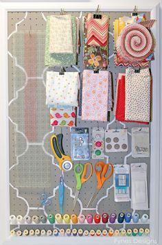 Craft Room Organizing Ideas: I love the idea of using peg board to organize fabric. Much neater than digging through a bin to find the scrap of fabric you want. Great site for reorganizing the sewing room! Sewing Room Storage, Sewing Room Organization, My Sewing Room, Craft Room Storage, Sewing Rooms, Organizing Ideas, Sewing Desk, Fabric Storage, Storage Ideas