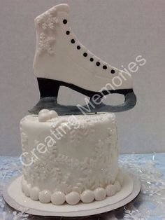 Fondant Ice Skate Cake Topper by anafeke on Etsy, $35.00