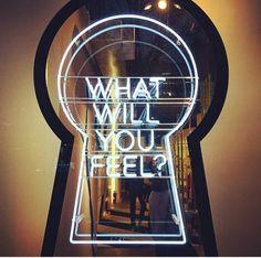 What Will You Feel, Neon gemaakt door Centre Lights Neon Rotterdam.
