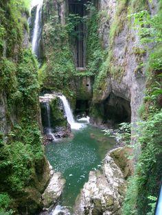 -TOUR DES REGIONS-   Cap sur le Jura et ses paysages magnifiques.  Article à retrouver dans le Journal A Part #9