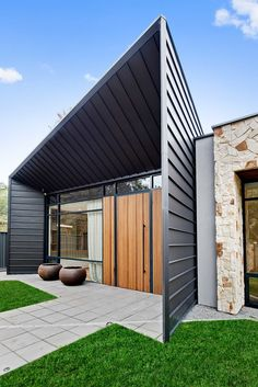 Adelaide Residence - Studio Nine Architects Architects, Garage Doors, Studio, Outdoor Decor, House, Ideas, Home Decor, Decoration Home, Home