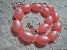 Chunky Moonglow Lucite Bubblegum Pink Oval Beaded Choker