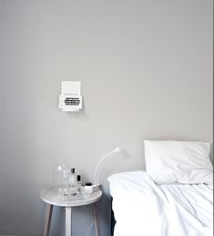 The perfect gray color Jotun/lady antikgrå och kulörkod är Closet Bedroom, Bedroom Decor, Jotun Lady, Comfort Gray, White Bedroom, White Bedding, Grey Walls, Wall Colors, Grey And White
