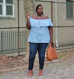The Off The Shoulder Top I'm Obessed With | Stylish Curves