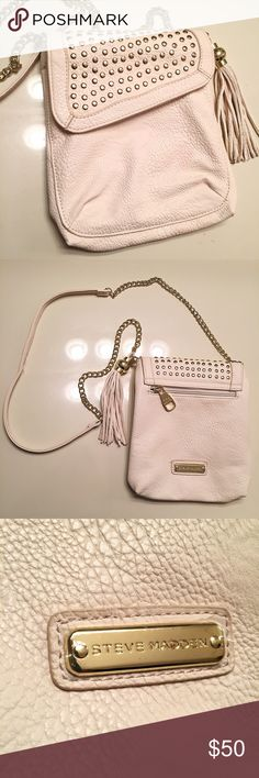 Steve Madden white leather studded handbag White genuine leather Steve Madden crossbody bag with gold studs and chain. Magnetic clasps and zippers. This shoulder bag has very light and hardly noticeable pink stains on the front (as shown in first pic). The bag is otherwise in perfect condition: Steve Madden Bags Shoulder Bags