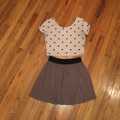 Forever 21 Bundle Medium Nth pieces gently worn, great condition. Top is H&M medium. Skirt is Forever 21 medium. Forever 21 Skirts Mini