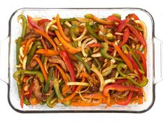 Seasoned Chicken and Vegetables for Easy Oven Fajitas Recipe Easy Oven Baked Chicken, Baked Chicken Fajitas, Fajita Vegetables, Chicken And Vegetables, Veggies, Cooking For A Crowd, Cooking On A Budget, Cooking Recipes, Healthy Recipes
