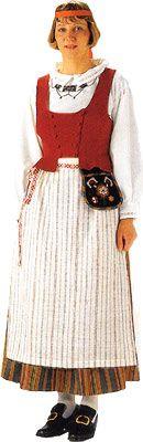 Hämeenkyrön naisen kansallispuku. Kuva © Helmi Vuorelma Oy