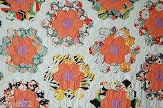 Vintage-30s-Grandmothers-Flower-Garden-Antique-Quilt-GORGEOUS-VINTAGE-FABRICS.  Detail
