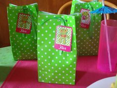 sapo pepe Rook, Paper Shopping Bag, Mickey Mouse, Gift Wrapping, Make It Yourself, Creative, Party, How To Make, Gifts