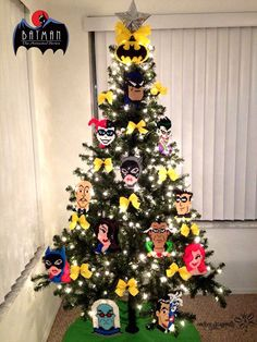 My 2014 Christmas Tree !Batman: The Animated Series ! Perler Bead Creations by: RockerDragonfly Batman Christmas Tree, Christmas Trees For Kids, Gold Christmas Decorations, Christmas Tree Themes, Holiday Tree, Christmas 2014, Xmas Tree, Holiday Crafts, Holiday Decor