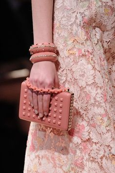 Explore the world of Valentino for women. Shop all accessories, including Valentino bags and shoes at Farfetch. Pink Fashion, Love Fashion, Fashion Show, Fashion Basics, Very Valentino, Valentino Paris, Valentino Couture, Fru Fru, Lace