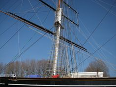 The world famous Cutty Sark, in its day the fastest tea clipper in england. Greenwich London, Naval History, World Famous, Days Out, Britain, England, Tea, Places, Pictures