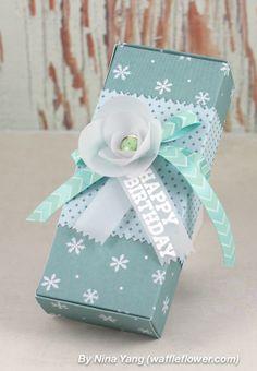 nina-yang-winter-birthday-gift-wrapping