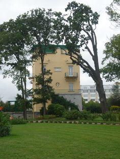 Pavillon d'Olga - Île Holguin - Peterhof - Construit par Andreï Stackenschneider entre 1841 et 1844 pour Olga Nokolaïevna, la fille de Nicolas Ier.