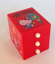 Vintage Sanrio Hello Kitty Tiny Chest Vintage, 1978 - Rare