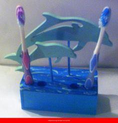 Les dauphins bleu ciel