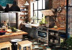 Brick walls for a very urban kitchen