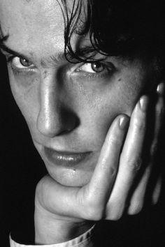 Hugh Grant::Will Speare, those smoldering grey eyes.