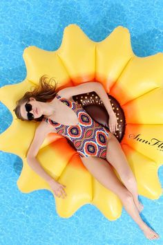 Sunflower Pool Float from Urban Outfitters. Saved to Outdoors. Shop more products from Urban Outfitters on Wanelo. Summer Of Love, Summer Fun, Summer Things, Late Summer, Summer Days, Summer Heat, Summer Vibes, Living Pool, Outdoor Living