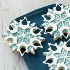 Wilton Winter Blue Snowflake Cookies from @officalacmoore.