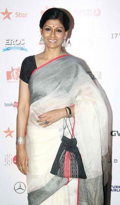 Nandita Das at the 17th MAMI Film Festival closing ceremony. #Bollywood #MAMI2015 #Fashion #Style #Beauty #Desi #Saree