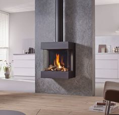 Spartherm DRU Gaskamin Diablo Next - Wood Burning Fireplace Inserts Gas Stove Fireplace, Fireplace Showroom, Pellet Stove, Fireplace Wall, Fireplace Design, Contemporary Gas Fires, Contemporary Style, Wood Burning Logs, Freestanding Fireplace