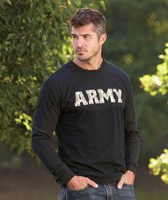 I like me some Army men. Fall Hair Cuts, Army Men, Army Guys, Sexy Military Men, Military Army, Men In Uniform, Raining Men, Older Men, Looks Style
