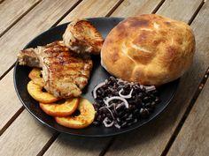 Grillkoteletts in Bier-Honig Marinade French Toast, Chicken, Meat, Breakfast, Food, German Recipes, Beer, Morning Coffee, Essen