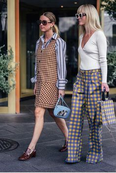 The fashion trend forecast is also known as the fashion forecast, it is the study that focuses on current fashion and predicts future and future trends. Look Fashion, Autumn Fashion, Fashion Outfits, Womens Fashion, Fashion Design, Fashion Trends, Casual Look, Look Chic, Casual Chic
