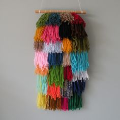 #woven #weaving #wovenwallhanging #wallhanging #etsy #etsyhandmade #gift #giftideas #art #color #colour #colourful