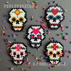 Day of the Dead Perler Bead Magnet - hama beads - sugar skull decor - pixel art christmas ornament 8 bit sugarskull Dia de los Muertos neon Perler Bead Designs, Hama Beads Design, Diy Perler Beads, Hama Beads Patterns, Perler Bead Art, Pearler Beads, Fuse Beads, Beading Patterns, Melty Bead Designs