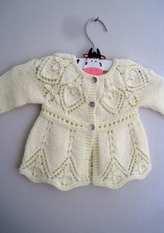 Annie Cardi Knitting Pattern by Suzie Sparkles. Seamless, one piece, top down knitting pattern. Baby cardigan knitting pattern, girls cardigan sweater cardi knitting pattern. Newborn - age 6